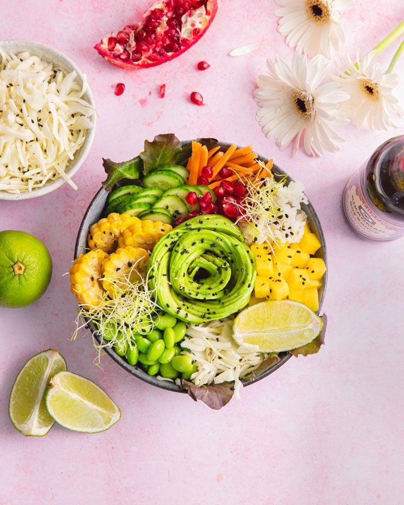 Twistez vos lunchs avec cette recette de poke bowl vegan !