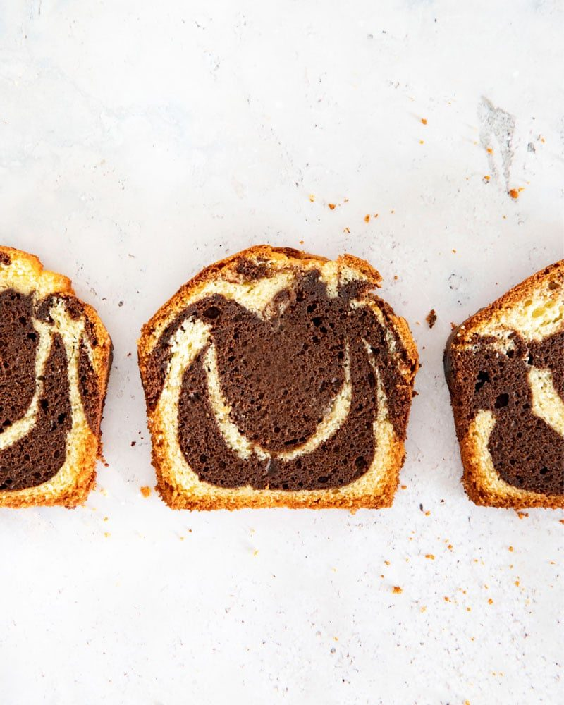 La recette simple et rapide du cake marbré super moelleux!