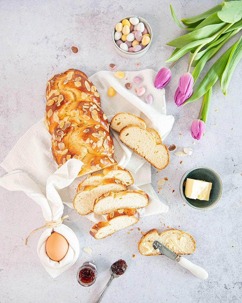 Tsoureki, la délicieuse brioche grecque de Pâques!