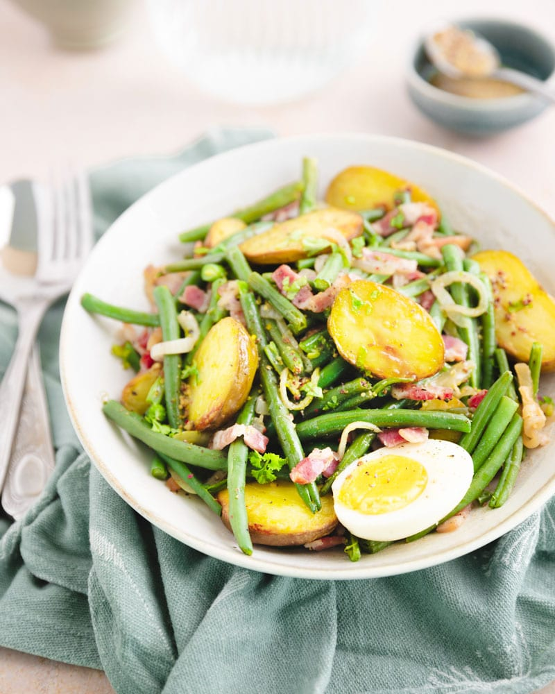 Assiette de salade liègeoise