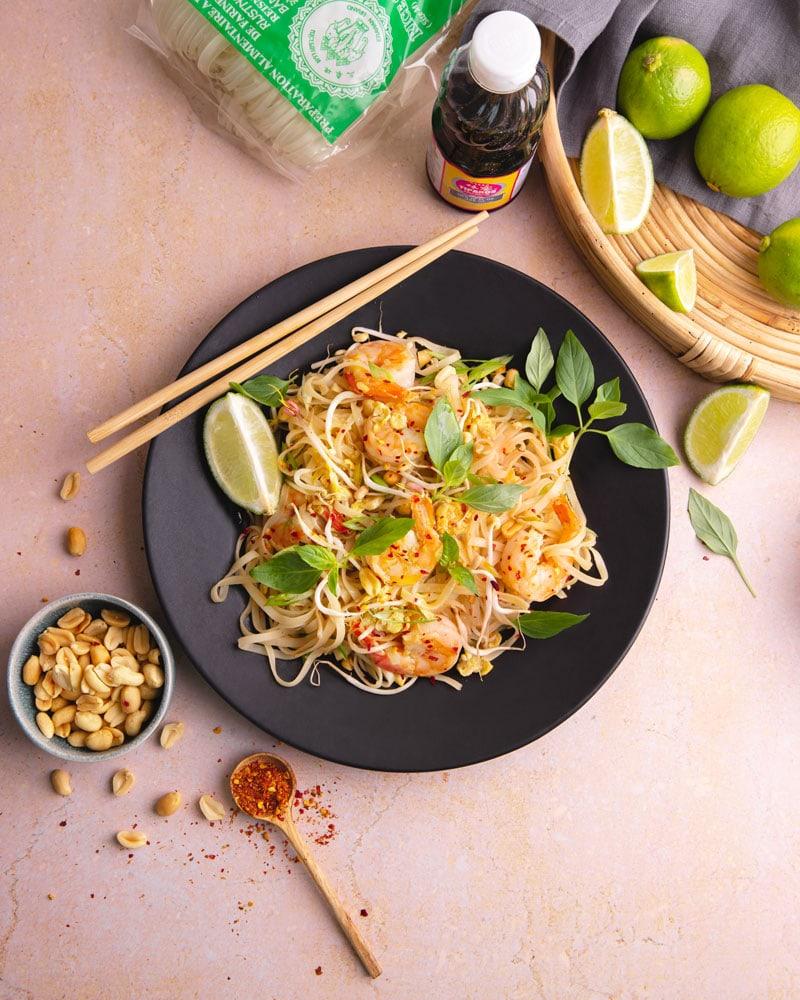 Plat de nouilles sautées pad thai